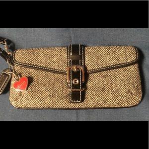 COACH Hamptons Herringbone Tweed Wristlet NWOT